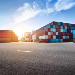Statki kontenerowe dominują przemysł stoczniowy